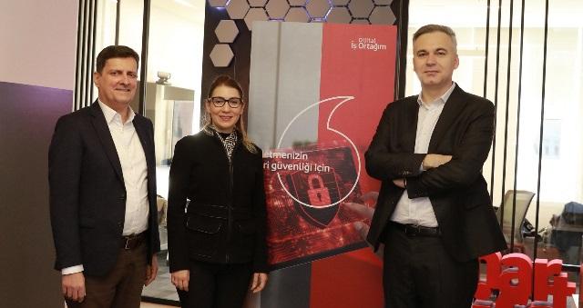 Vodafone Hibrit Bulut Teknolojisi  'VMware Cloud on AWS'i Müşterilere Sunuyor