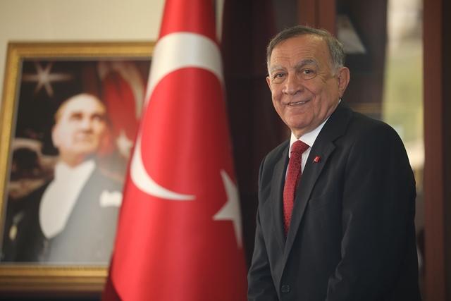 """Akay: """"Atatürk ve silah arkadaşlarına minnettarız"""""""