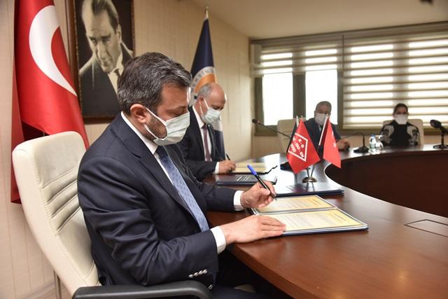 Yüreğir Belediyesi Mersin Üniversitesi İle İşbirliği Protokolü İmzaladı