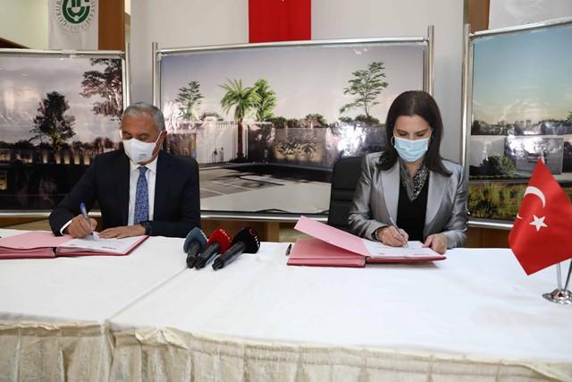 Türkiye'de ilk; Ç.Ü. Balcalı Hastanesi Adana OSB'de poliklinik açıyor