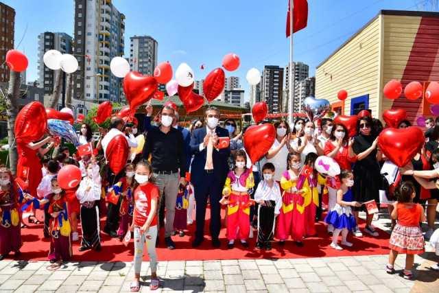 Çukurova'da 23 Nisan Coşkusu
