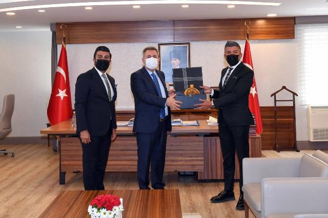 Erkan Eğitim Kurumları'ndan Vali Elban'a brifing