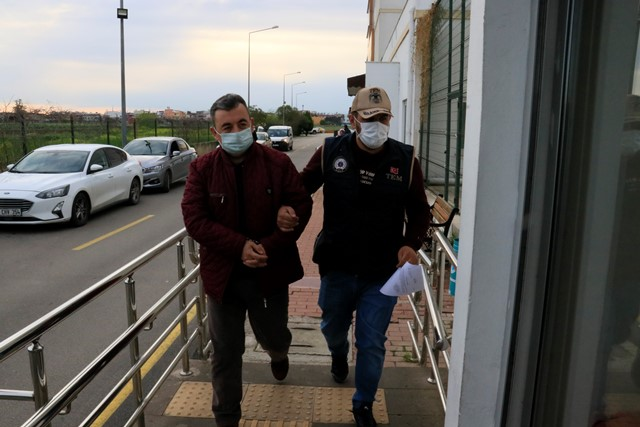 Adana'da FETÖ'ye finansal destek sağlayan 3 kişi operasyonla yakalandı