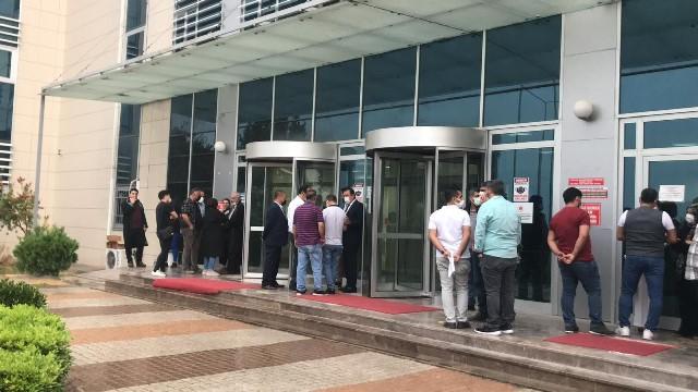 Eski Ceyhan Belediye Başkanı Kadir Aydar ve beraberindekiler tahliye edildi