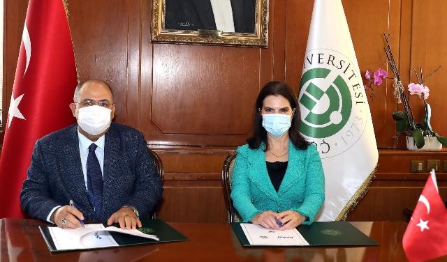 """ÇÜ İle AFAD """"Afet Farkındalık Eğitimi İşbirliği"""" Protokolü İmzaladı"""