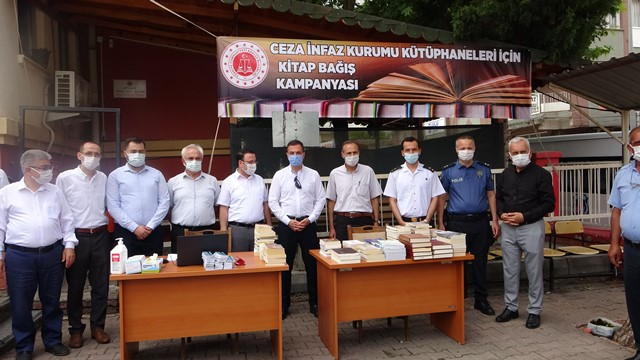Kozan'da tutuklu ve hükümlüler için kitap bağışı kampanyası