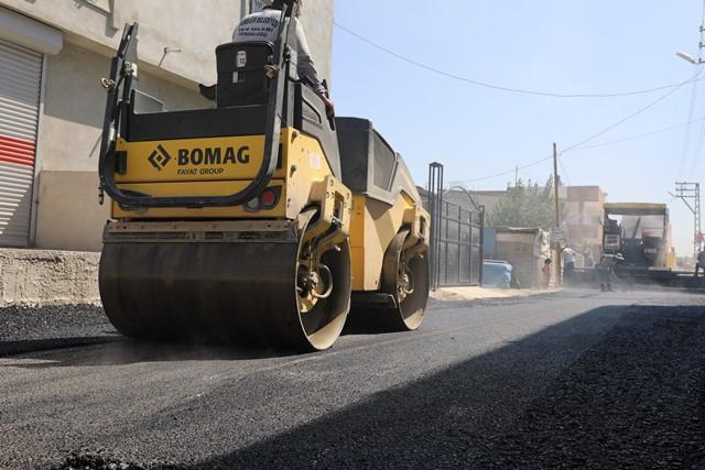 İki yılda Yüreğir'de 200 bin ton asfalt döküldü