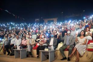 """Karalar: """"Demokrasi ışığımız hiç sönmesin"""""""