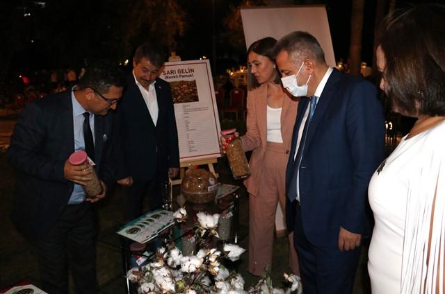 ADANA'DA 'ÇUKUROVA'NIN SARI PAMUĞU' DEFİLESİ