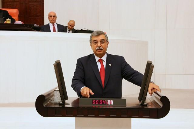 """Çulhaoğlu:""""Vatandaşlarımızın geçim sıkıntılarına derman olacak hiçbir şey yapmadınız"""""""