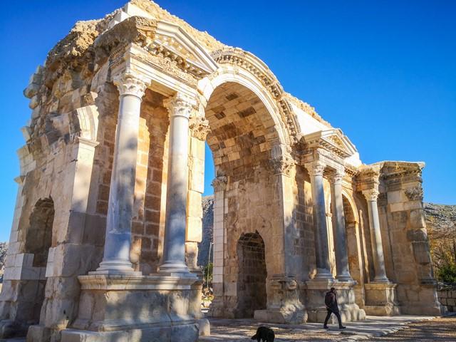 Son nefesine kadar bekçilik yaptı, şimdi antik kenti evlatları koruyor
