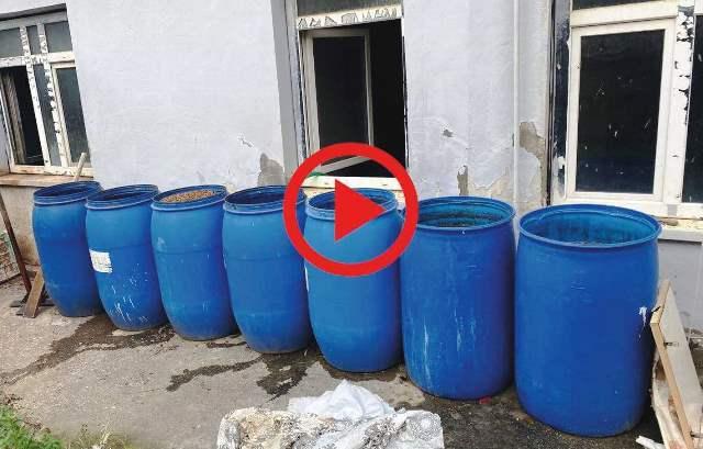 Adana'da 2 bin 443 litre sahte içki ele geçirildi