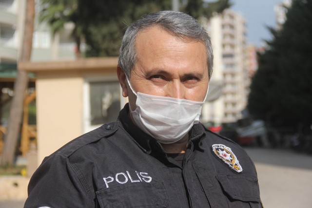 POLİS KAN VERDİ, LÖSEMİLİ GENÇ KIZIN HAYATINI KURTARDI