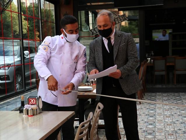 Hafta sonu yasağı kalkan Adana'da kafe ve restoranlar denetlendi
