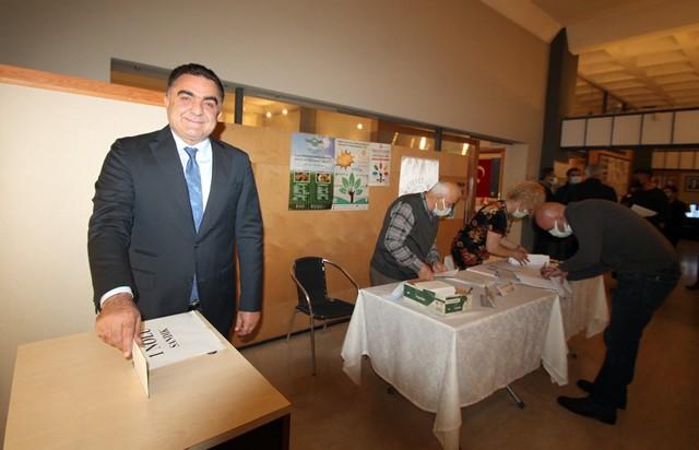 Adana Çiftçiler Birliği'nde Doğru güven tazeledi