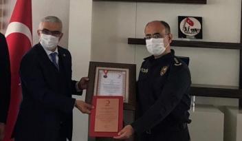 Polis Okulu Öğrencileri Kızılay'a Kan Verdi