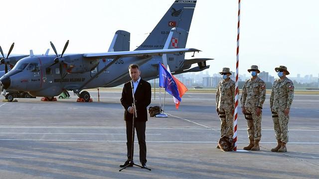 Polonya Cumhurbaşkanı Duda, İncirlik'teki Polonyalı askerlerle buluştu
