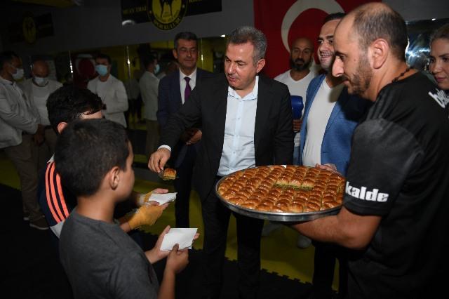 """Vali Elban: """"Spor çocukları ruhsal yönden de olumlu etkiliyor"""""""