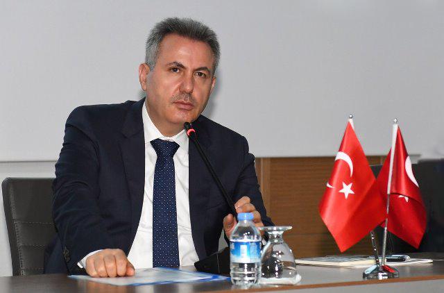 """Vali Elban: """"Her zamankinden daha çok dikkat etmek zorundayız"""""""