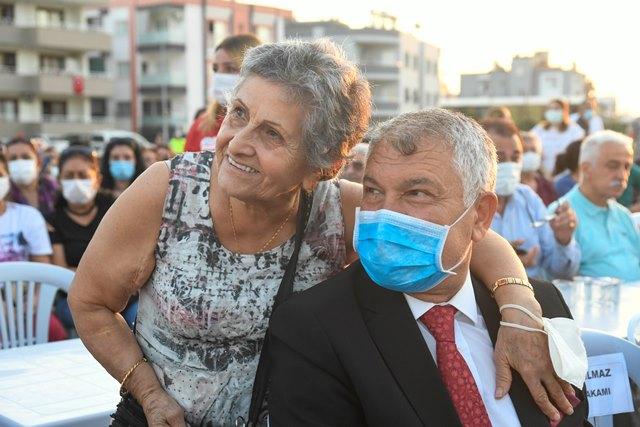 Başkan Karalar'a Ceyhan'da sevgi seli