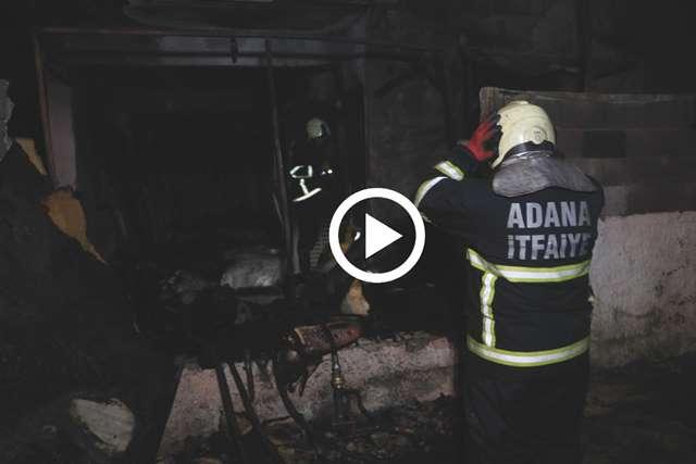 Adana'da müstakil evi benzin döküp ateşe verdiler
