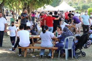 PANDEMİNİN STRESİNİ FESTİVALDE ATTILAR