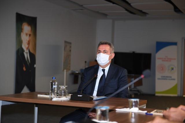 """Vali Elban: """"Kadınlara yönelik şiddete karşı sıfır tolerans göstereceğiz"""""""
